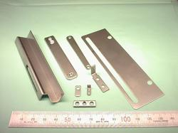 板金加工 : SUS304 2B t0.5〜t2.0 試作加工