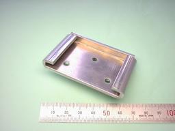 板金加工部品:アルミ A5052P t3.0 試作部品