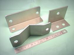オーダーメイド アルミ金具 A5052P t3.0 板金加工