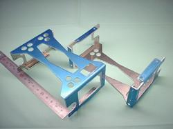 二足歩行ロボットパーツ(ロボットキット・部品) : 精密板金加工 A5052P アルミニウム合金 t1.5 : 試作部品