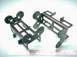 二足歩行ロボットパーツ(ロボットキット・部品) : 精密板金加工 A5052P アルミニウム合金 t2.0 黒アルマイト処理:ROBO-ONE用