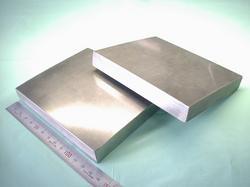 ステンレス板 SUS316L 板厚t25をt17.5まで冷間圧延加工後、指定寸法に切断加工